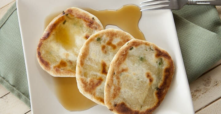 Semolina Scallion Cakes