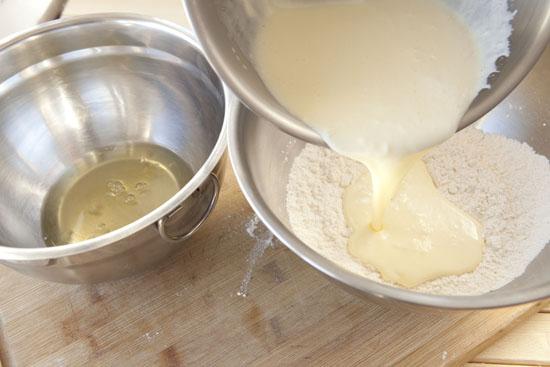 pour - Cloud Cakes