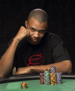phil-ivey-table