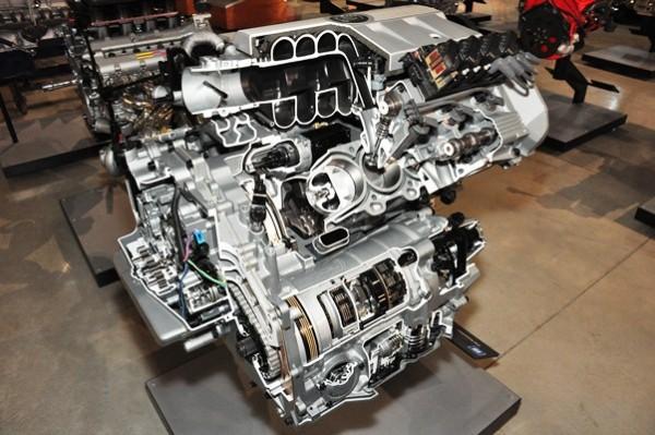 Cadillac Northstar 4.6L V8 cutaway with transaxle