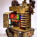 Toma tu Thermaltake Level 10 y transfórmalo en un robot táctico
