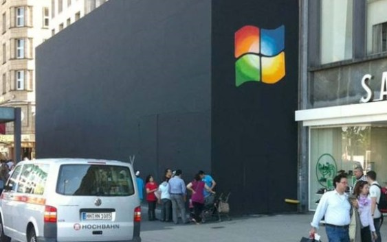 [HUMOR] Windeando una Apple Store en Hamburgo