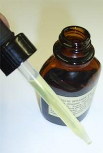 Leslie oil2