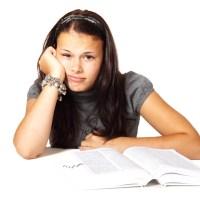 Napsání seminářské, bakalářské nebo rigorózní práce nenechávejte na poslední chvíli
