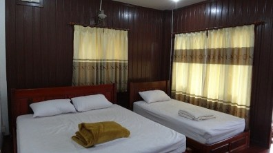 Phongsavanh Guesthouse - Our Bungalow Slept Three People