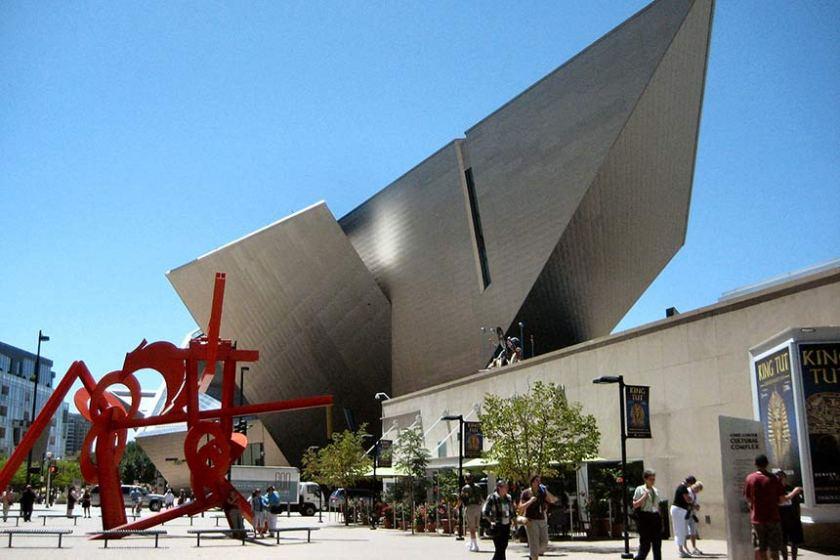 Denver Art Museum (foto di J. Miers fonte wikipedia)