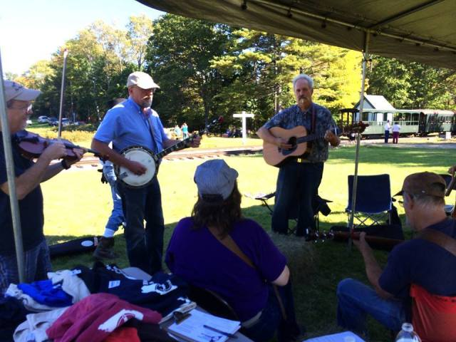 wwf bluegrass picking with alna station and train 2014