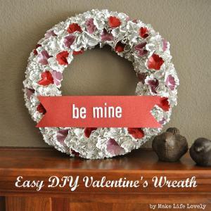 Easy DIY Valentine's Day Paper Wreath