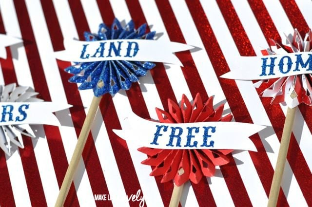 Patriotic 4th of July Cupcake Toppers | by Make Life Lovely