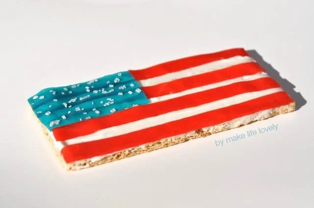 Fourth of July graham cracker snack | by Make Life Lovely