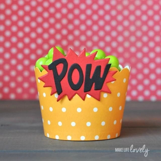 Superhero candy cups with Sizzix