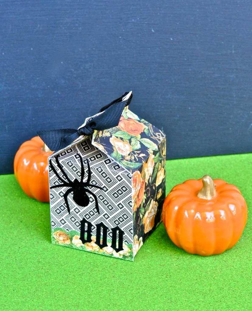 DIY Halloween Carton Box