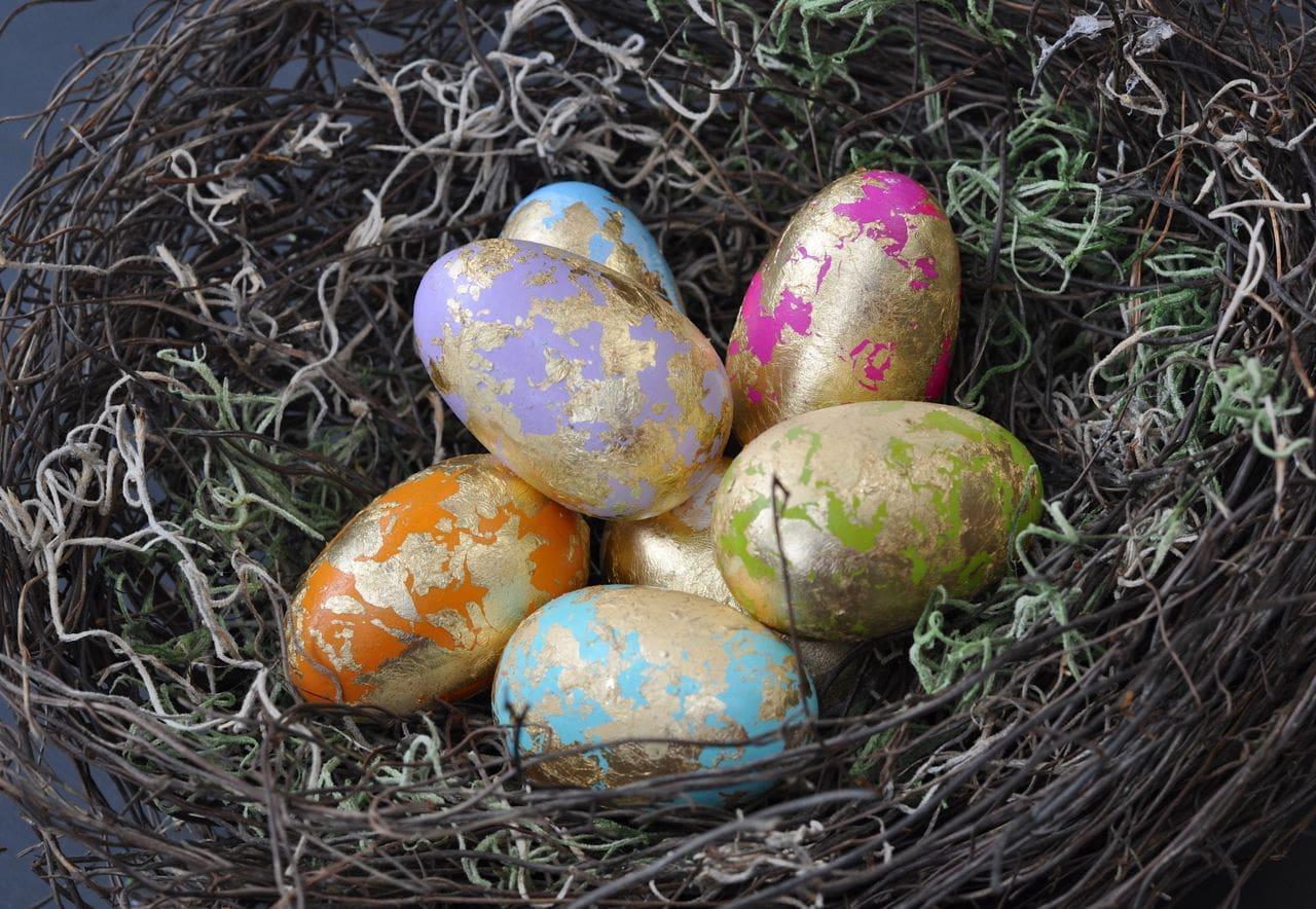 gold leaf easter eggs make life lovely