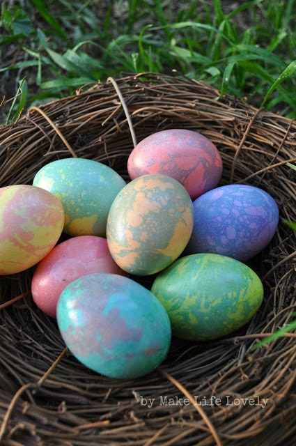 Marbled+Easter+Eggs+3+by+Make+Life+Lovely