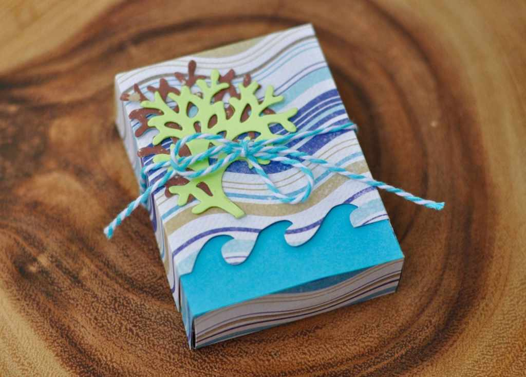 Ocean Paper Box with Sizzix