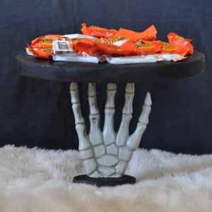 Halloween Serving Plate Tutorial