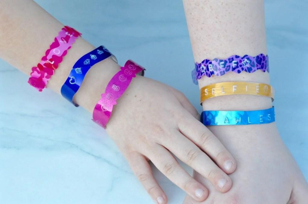 Personalized bracelets tutorial for kids