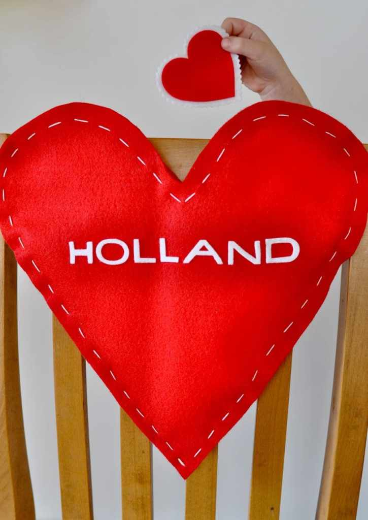 Valentine's Day Chair Cover DIY