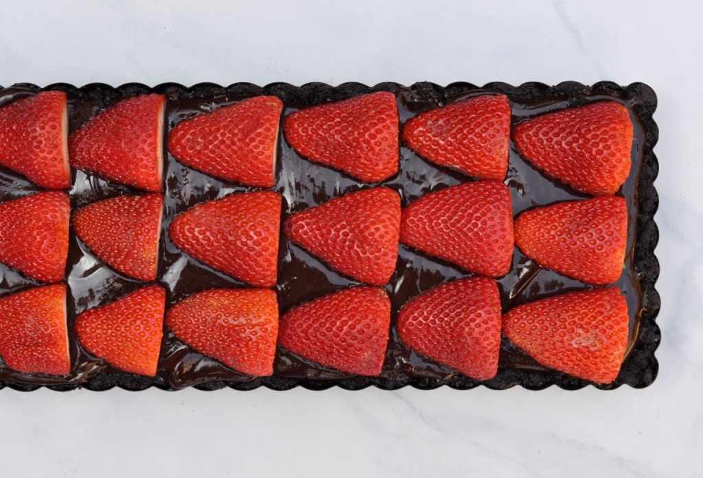 Strawberry chocolate tart recipe