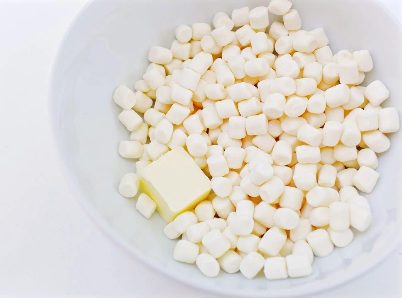 How to make Fruity Pebbles Treats