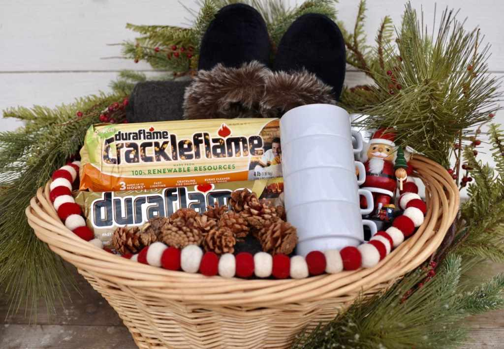 Holiday gift basket for winter