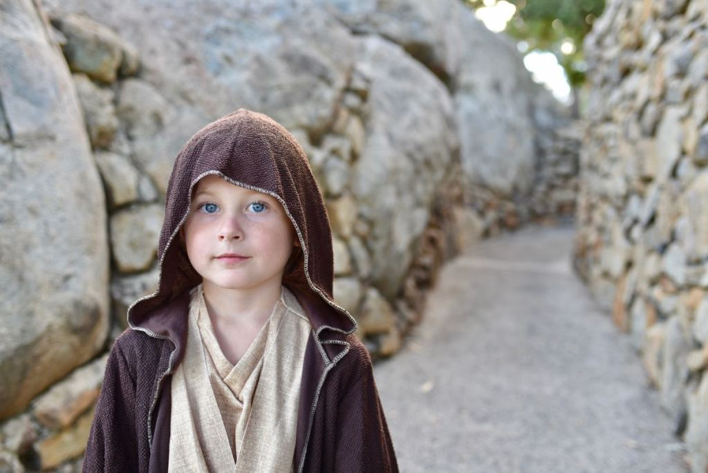 Star Wars Halloween costume Luke Obi-Wan Jedi