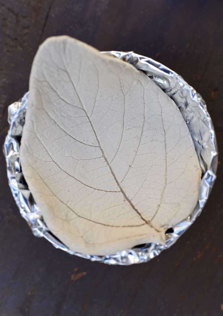 Clay leaf bowl tutorial from air dry clay