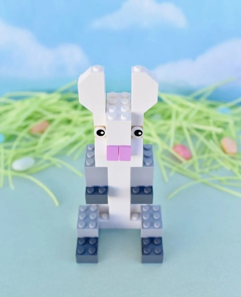 How to make a LEGO bunny rabbit for Easter