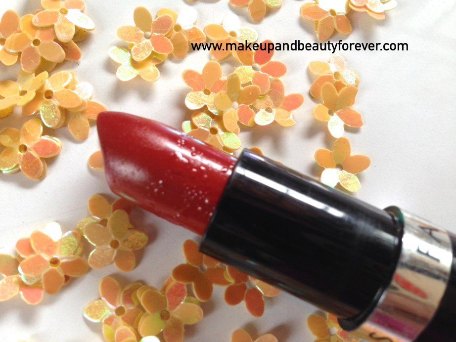 Faces Canada Go Chic Lipstick Poppy Red 411 Review Swatches Price India MBF