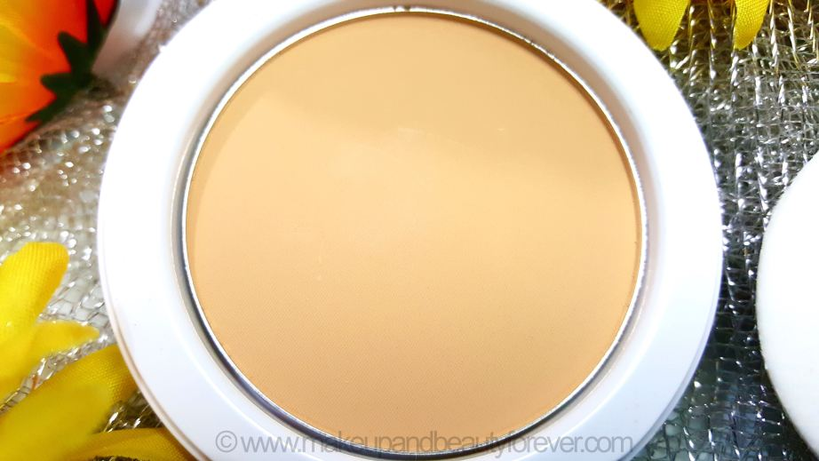 Maybelline White Superfresh 12 hour Whitening Perfecting Compact Review Shades Coral Pearl Shell Swatches