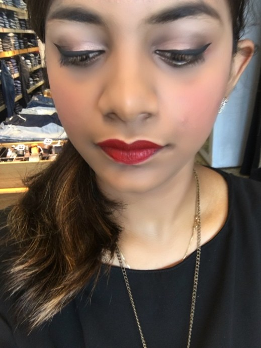 Maybelline The Blushed Nudes Palette Review Swatches Makeup look soft smokey eyes red lipstick