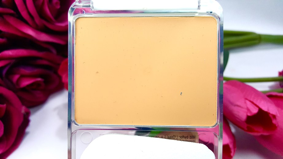 L'Oreal True Match Genius 4-In-1 Compact Foundation Review Swatch