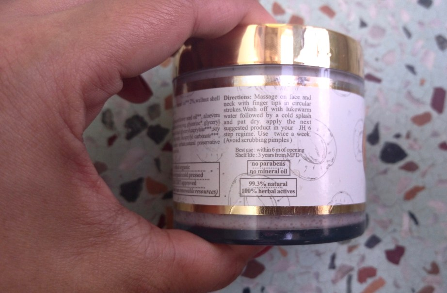 Just Herbs Apricot Sparkle Invigorating Skin Radiance Scrub Review directions