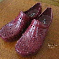 Dansko Pixie in Claret {Review}