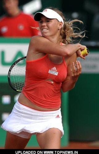 Caroline-Wozniacki-13
