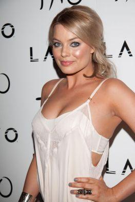 Margot-Robbie-new-photos-2014-38