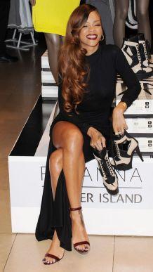 Rihanna-43
