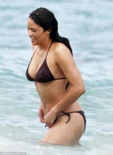Paula-Patton-bikinili