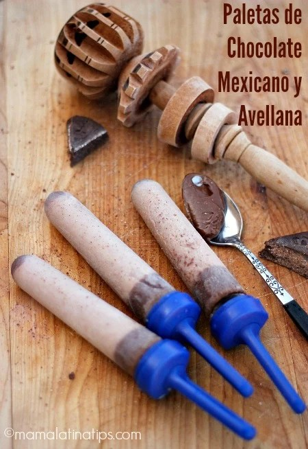 Paletas de chocolate mexicano y avellana
