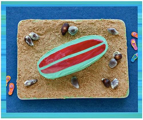 Surf's up cake - teen beach inspired party - mamalatinatips.com
