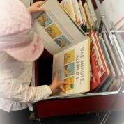 Le quotidien avec bébé : aller à la bibliothèque, à partir de quel âge ?
