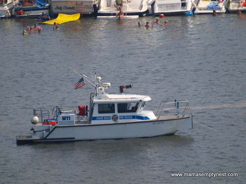 Shootout fire rescue boat
