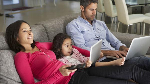 consum tv si internet romania