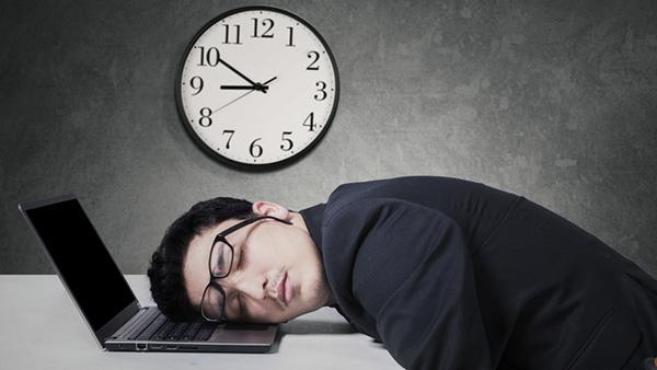 cum-dormim-si-muncim
