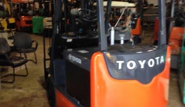 2015 228 Forklift