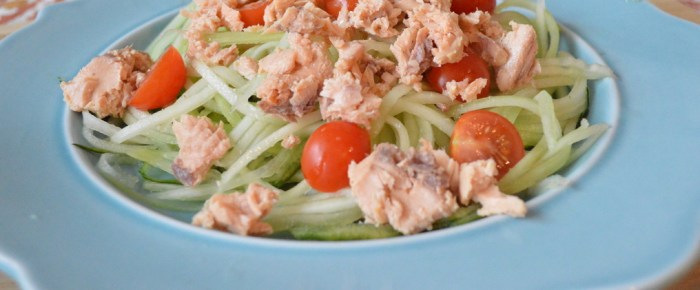 Salmon Cucumber Noodle Salad (Video)