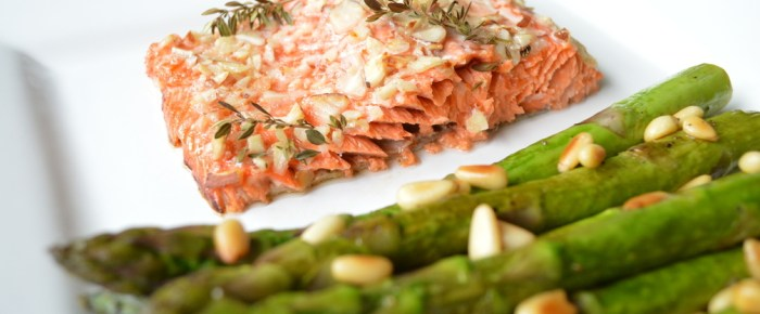 Almond Crusted Salmon with Lemon Asparagus