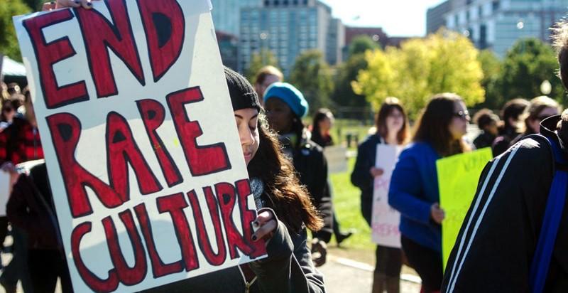 Demonstrasjon mot voldtekstkultur i USA. Foto: Chase Carter