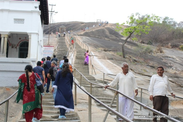 More than 600 steps for the Shravanabelagola temple