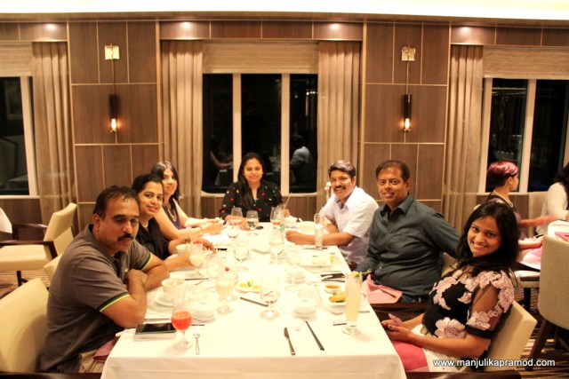 Enjoy lavish dinners with your friends while sailing on the sea.